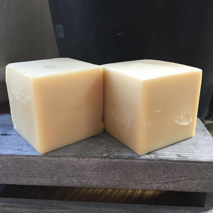Bain and Savon Seaweed & Nettle Shampoo Bar for Oily Hair